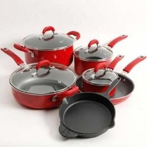 1. The Pioneer Woman Vintage Speckle Cookware Set
