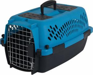 8. Aspen Pet Porter Heavy-Duty Pet Carrier