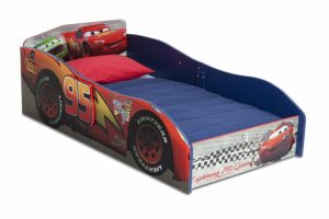 2. Delta Children Wood Toddler Bed