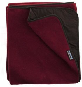 #7. Mambe Extreme Weather Outdoor Blanket, Camping, and Stadium
