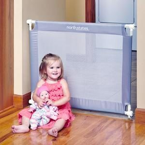 5. Toddleroo by North States Portable Traveler Baby Gate