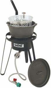 7. Bayou Classic B159 Outdoor Fish Cooker