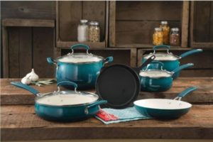 #1. The Pioneer Woman Vintage Speckle 10-Piece Cookware Set