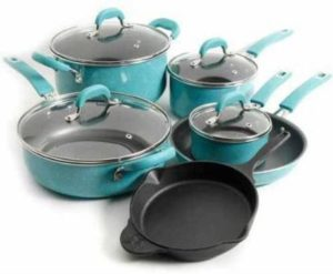 #2. The Pioneer Woman Vintage Speckle 10 Piece Cookware Set