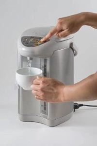 3. Zojirushi CD-JWC40HS Water Boiler & Warmer