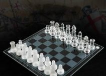Top 10 Best Glass Chess Sets Reviews in 2021