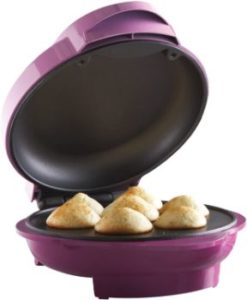 5. Brentwood Mini Cupcake Maker